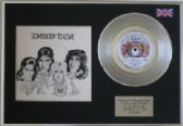 "QUEEN  -  7"" Platinum Disc + cover - SOMEBODY TO LOVE"